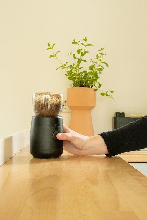 Bonenmaler coffee grinder zwart retro design
