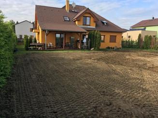 Zahrada před úpravou
