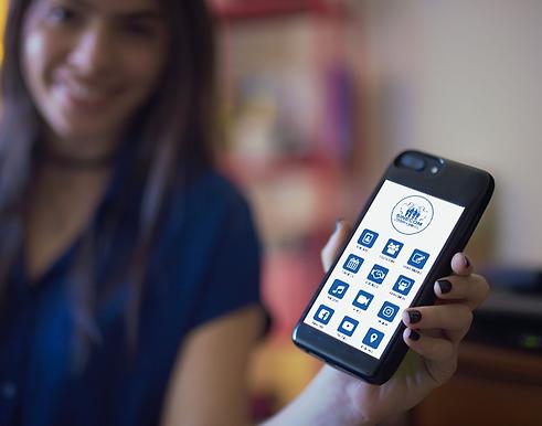 app-sinecom-celular-na-mão.png