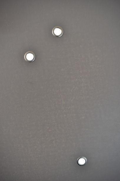 schilderij gaten 3.jpg