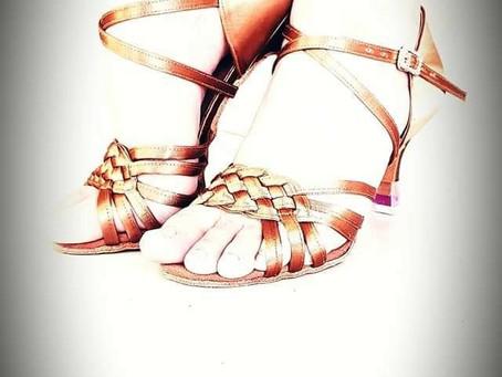 """相信每一個過程都可以讓自己變得更加優秀😉"""" 您的舞鞋,我們的責任!""""Teo Siewbee Choo Yi Xuan For enquiries :-www.leaderdance.comwww.l"""