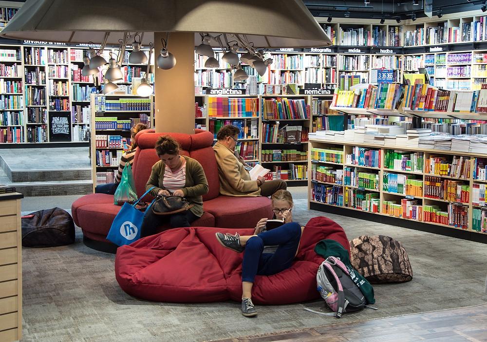 pesquisa em livraria leitores e escritores