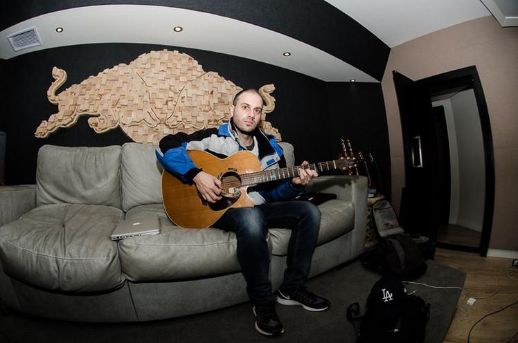 lance-guitar-website-23.jpeg