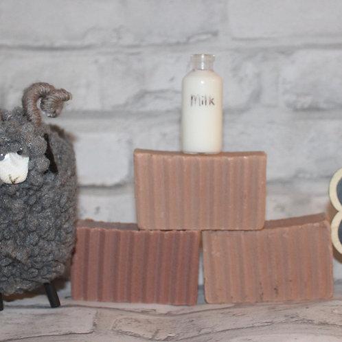 Nizhóní Goats Milk Soap with Vanilla