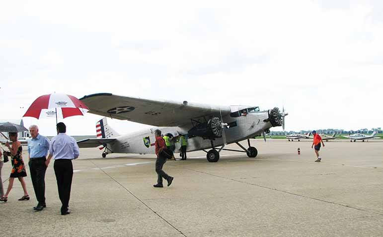 Ford Tri-Motor low res