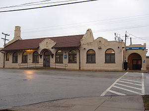Improvements continue for Homewood Metra station