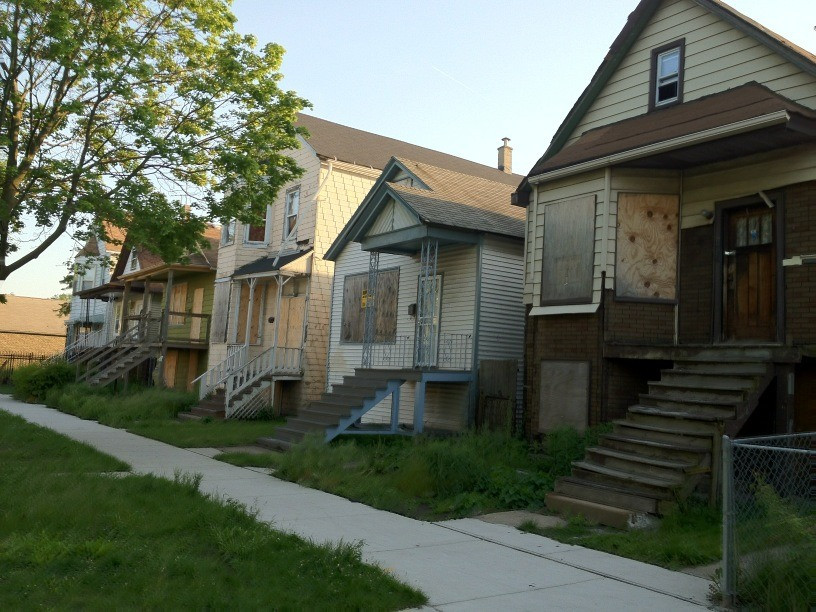 Boarded-up-foreclosures-by-twitter-anjucomet-Anjali-Kamat
