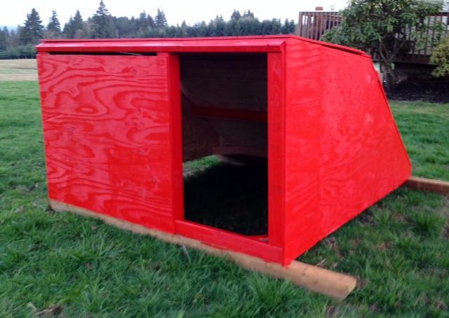 Hog Farrowing Hut (E-Hut)