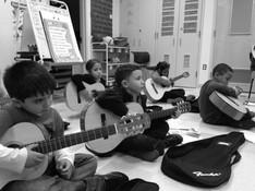 Children_with_music.jpg