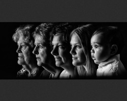 FamiljGrupp_ID42_Five generations