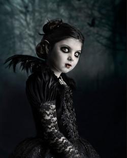 barn_7_Young vampire