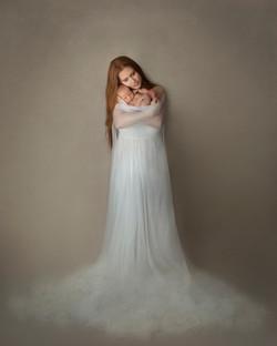 baby_35_motherhood-divine