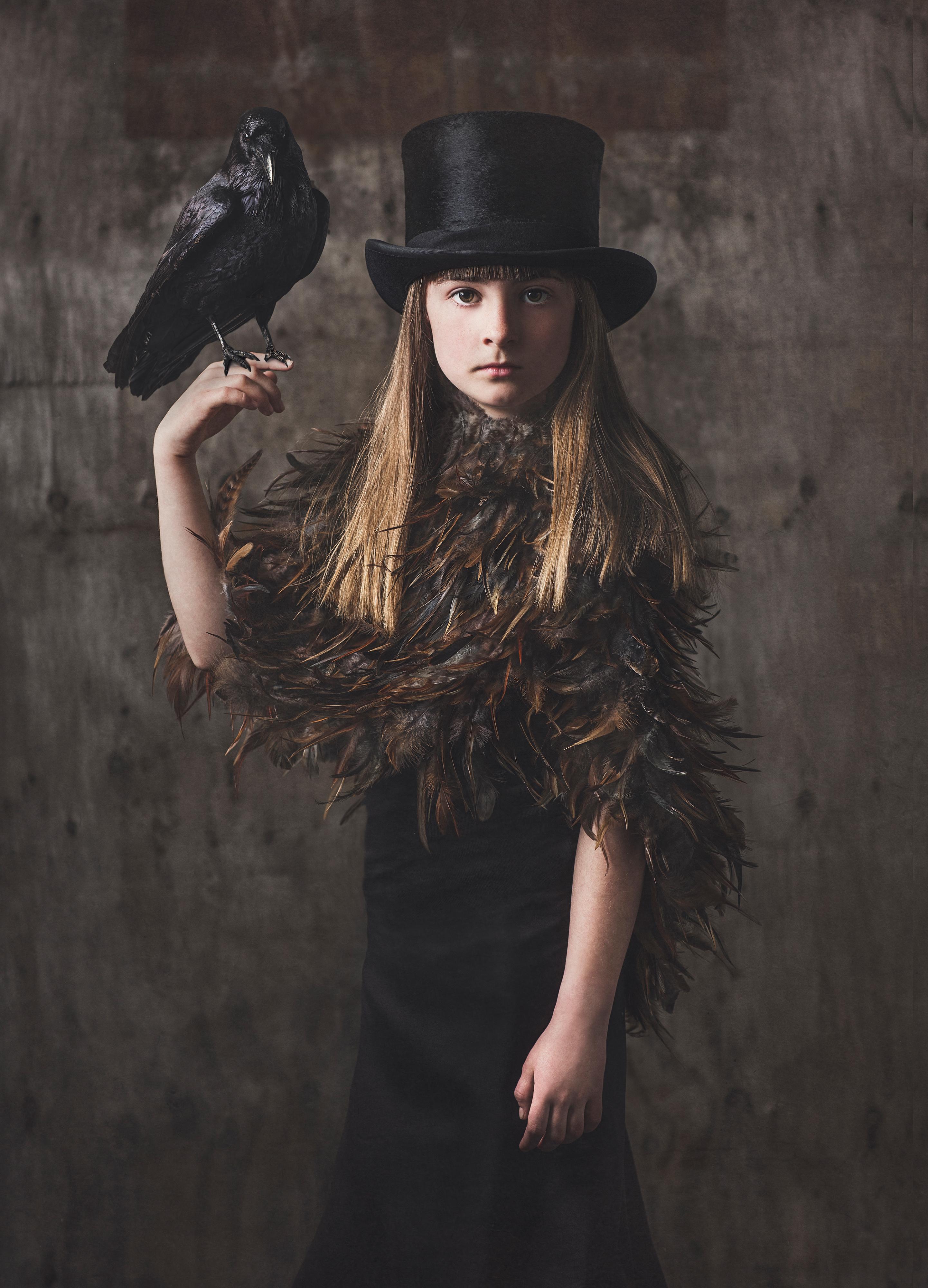 Barn_38_Raven Girl