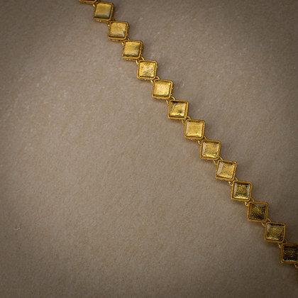 Lure bracelet