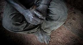 Colección Desarrollo del portfolio de Joseba Etxebarria, fotógrafo activista por los Derechos Humanos. La vuelta al mundo en bicicleta.