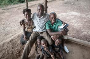 Anwar, Tabari y hermanos | Costa de Marfil