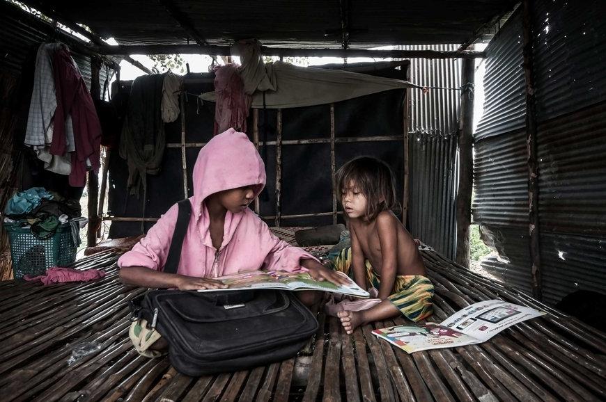El fotógrafo activista por los Derechos Humanos Joseba Etxebarria, ofrece su servicio de fotografía a ONGs.
