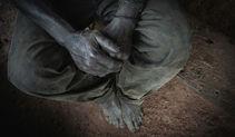 Colección Desarrollo del portfolio del fotógrafo humanitario Joseba Etxebarria, activista por los Derechos Humanos.