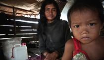 Serie Hogar y Familia del portfolio del fotógrafo humanitario Joseba Etxebarria, activista por los Derechos Humanos.