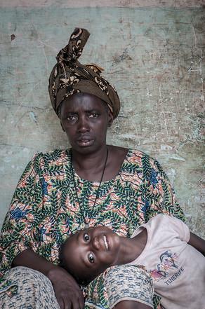 Nya y Akanke 1 | Guinea