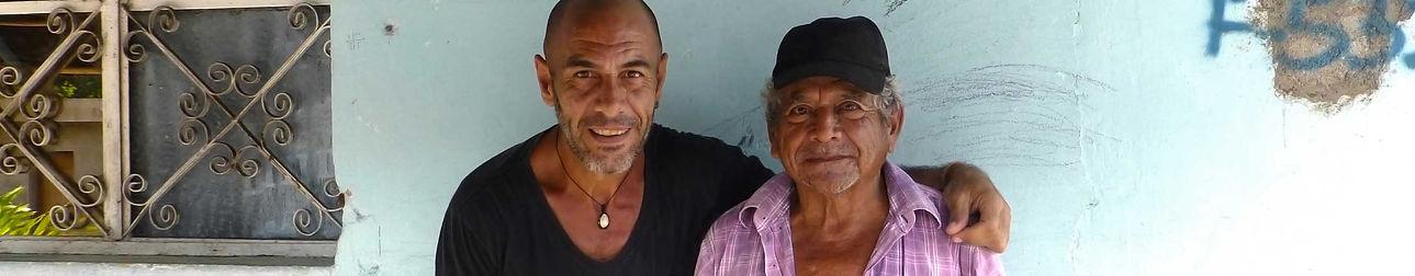 Contacto con el fógrafo humanitario Joseba Etxebarria.