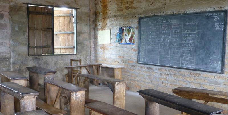 Visita a una nueva escuela en Sierra Leona