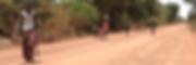 Familia de Gambia se cruza con Joseba Etxebarria durante su vuelta al mundo en bicicleta a favor de los Derechos Humanos.