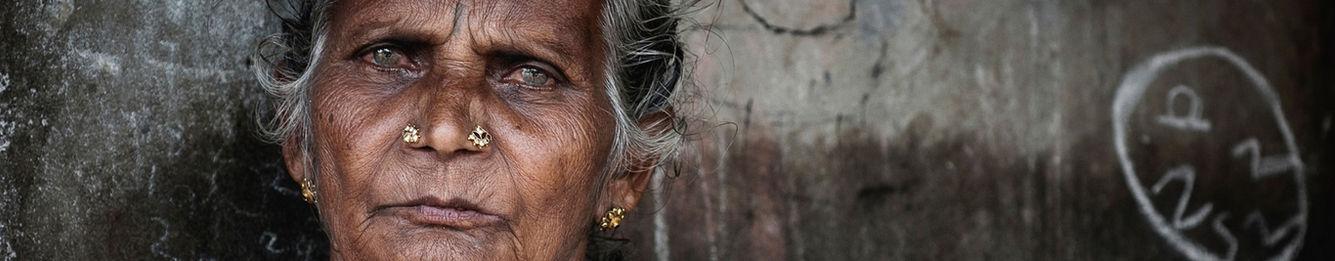 Colección Nuestros Mayores del portfolio del fotógrafo humanitario Joseba Etxebarria. La vuelta al mundo en bicicleta.