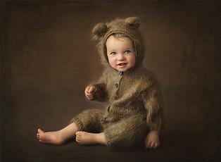 Baby Children Photographer Fine Art Portrait near me Reading Basingstoke Windsor Newbury Chiswick Acton Chelsea