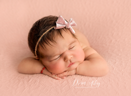 Why Newborn Sessions are best under 2 weeks