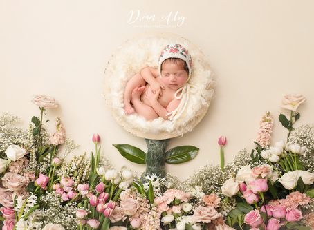 Newborn Photographer W Berkshire, Reading, Basingstoke, NW London