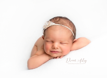 Newborn Photographer - Aldermaston