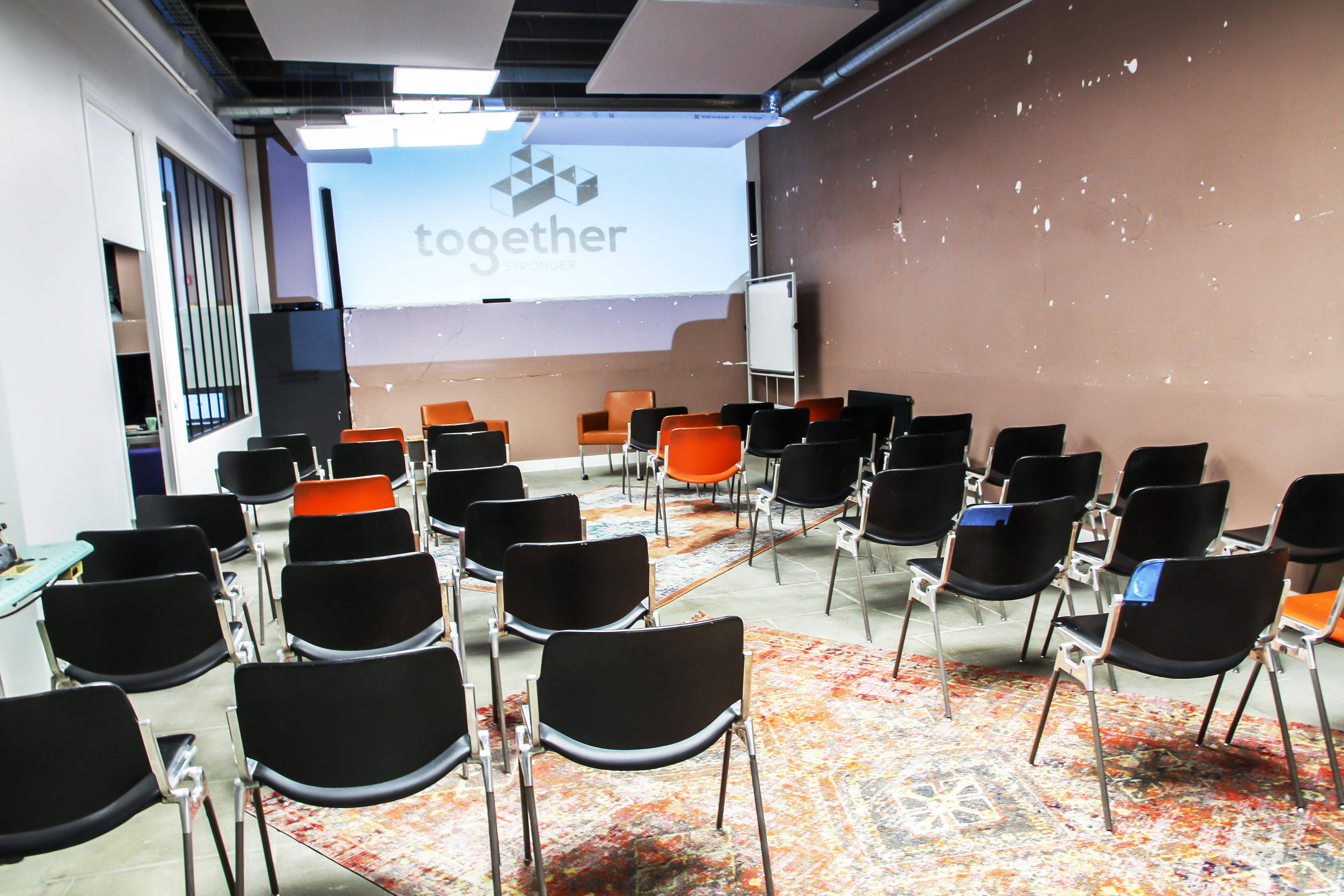Salle de conférence jusqu'à 55 places