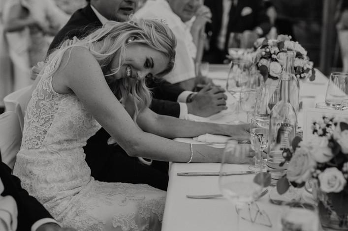 Hochzeitsfotograf_Hochzeitsreportage_NRW_Braut_Rolandsbogen.jpg