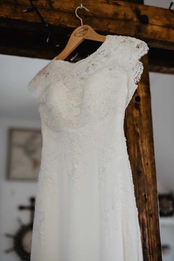Hochzeitsfotograf_Hochzeitsreportage_NRW_Dortmund_Brautkleid.jpg