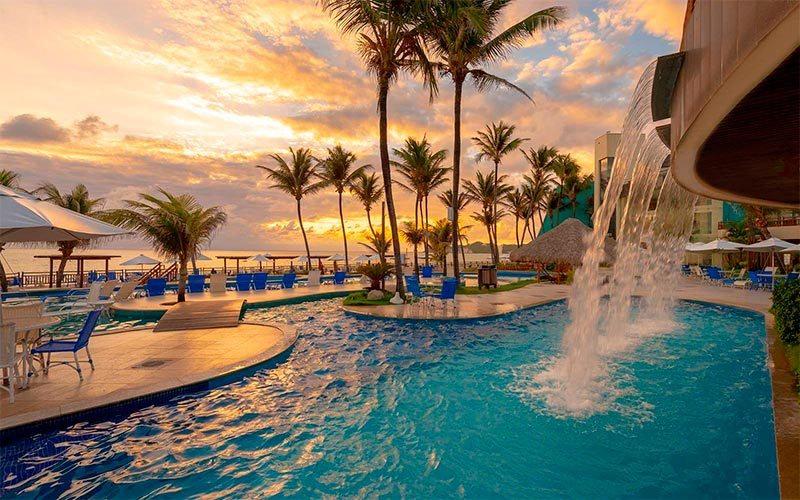 ocean-palace-piscina2.jpg