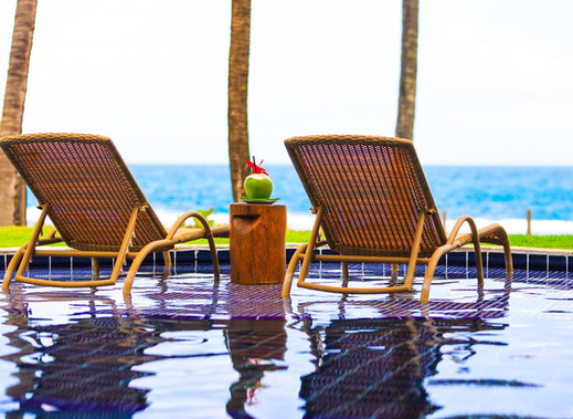 bangalos-com-piscina.jpg