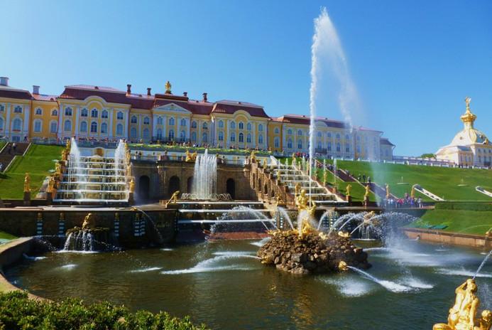 Palais de Petergof à Saint-Pétersbourg