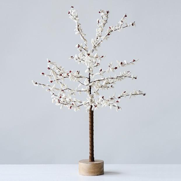 beaded decorative metal tree