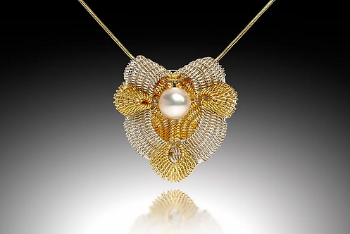 Victoria Pendant with Pearl, Silver & Gold