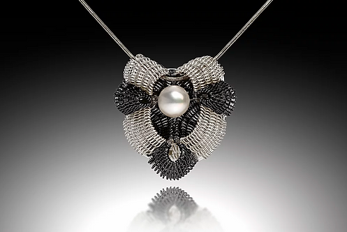 Victoria Pendant with Pearl, Silver & Black