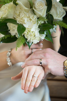 Intercon-Chicago-Wedding- Holding-Hands.