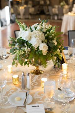 Intercon-Chicago-Wedding- White-Flowers-