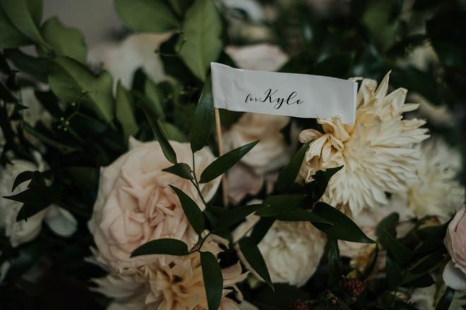 Summer-Wedding-Chicago- Boquet-pale-colo