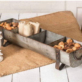 Top Rated Rustic Metal Divided Chicken Feeder Tabletop Farmhouse Decor