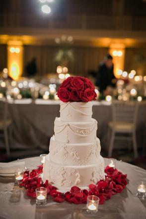 Drake-Hotel-Chicago-Weddings-Cake-Four-T