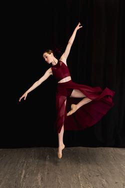 Contemporary Dancer in Palmdale, CA