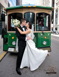 Intercon-Chicago-Wedding-Green-Trolley-G