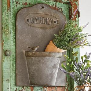 Rustic Garden Iron Wall Basket Planter