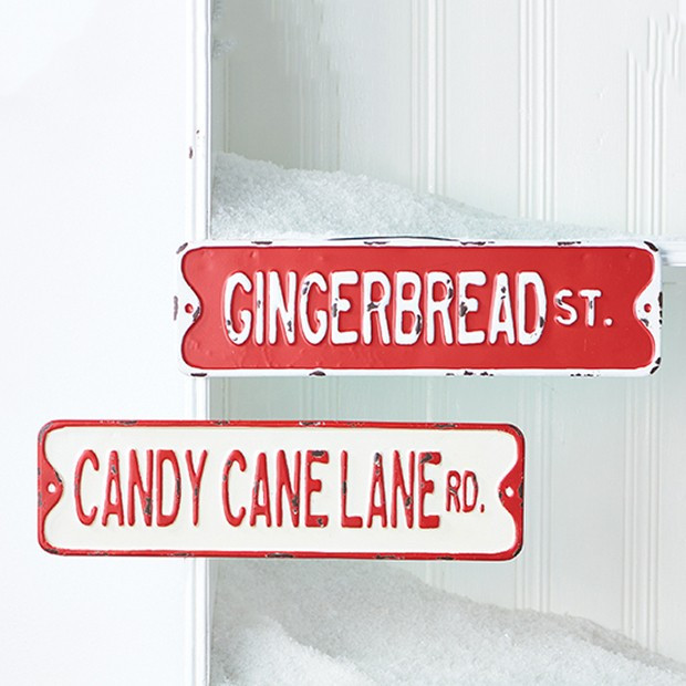 holiday street signs